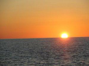Preciosa posta de sol a Filicudi