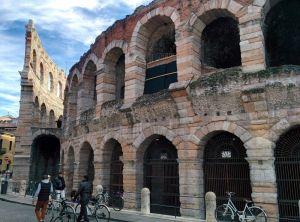 Amfiteatre Exterior