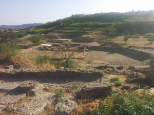 Panoràmica general de les ruïnes de Morgantina