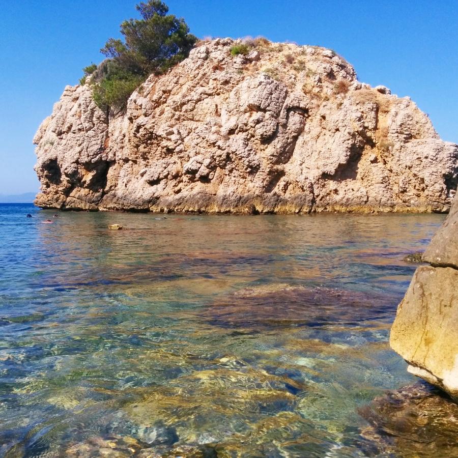 Illa Mateua1